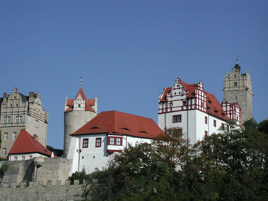 Altes und Krummes Haus mit Eulenspiegelturm und ChristianBau von Schloss Bernburg