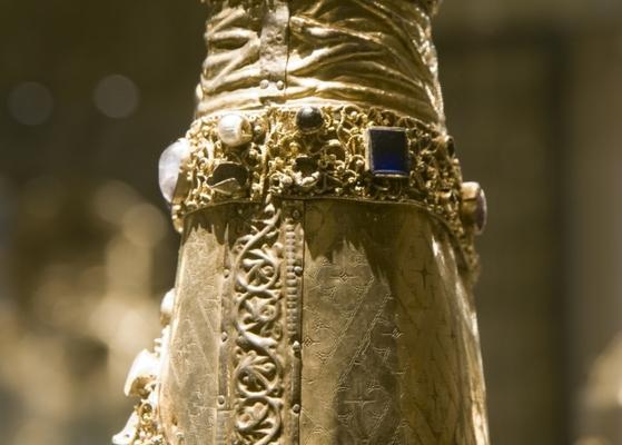 Brilanz der mittelalterlichen Goldschmiedekunst (Foto: Domschatzstiftung)