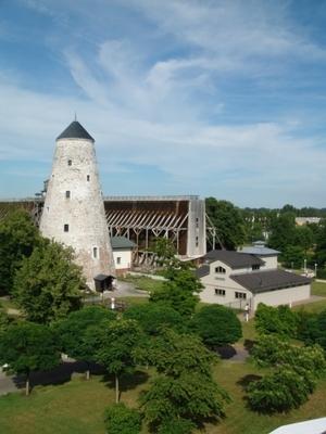 Kunsthof Bad Salzelmen mit Soleturm, Gradierwerk und Schausiedehaus (Foto: Matthias Röhricht)