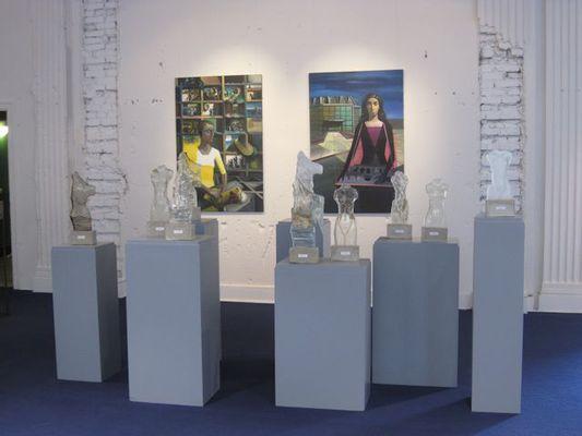 Fragmente mit Glasskulpturen von Chr. Budig und Malerei von S. Großkreutz, 2015
