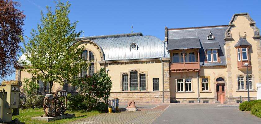 Ansicht von denkmalgeschützten Hauptgebäuden des iMUSEt