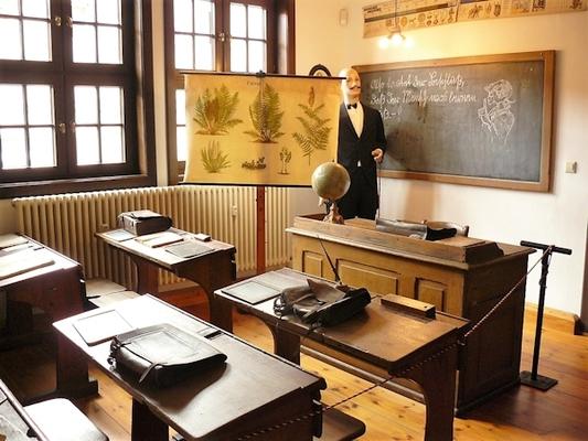 Schulausstellung (Foto: Wolfgang Donath)