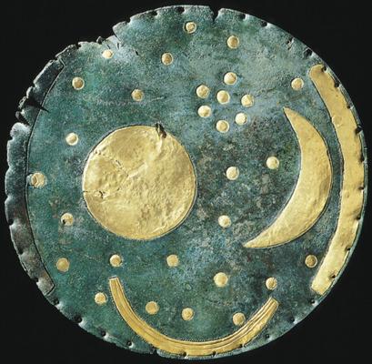 Himmelsscheibe von Nebra, Bronze und Gold; © LDA Sachsen-Anhalt, Juraj Lipták